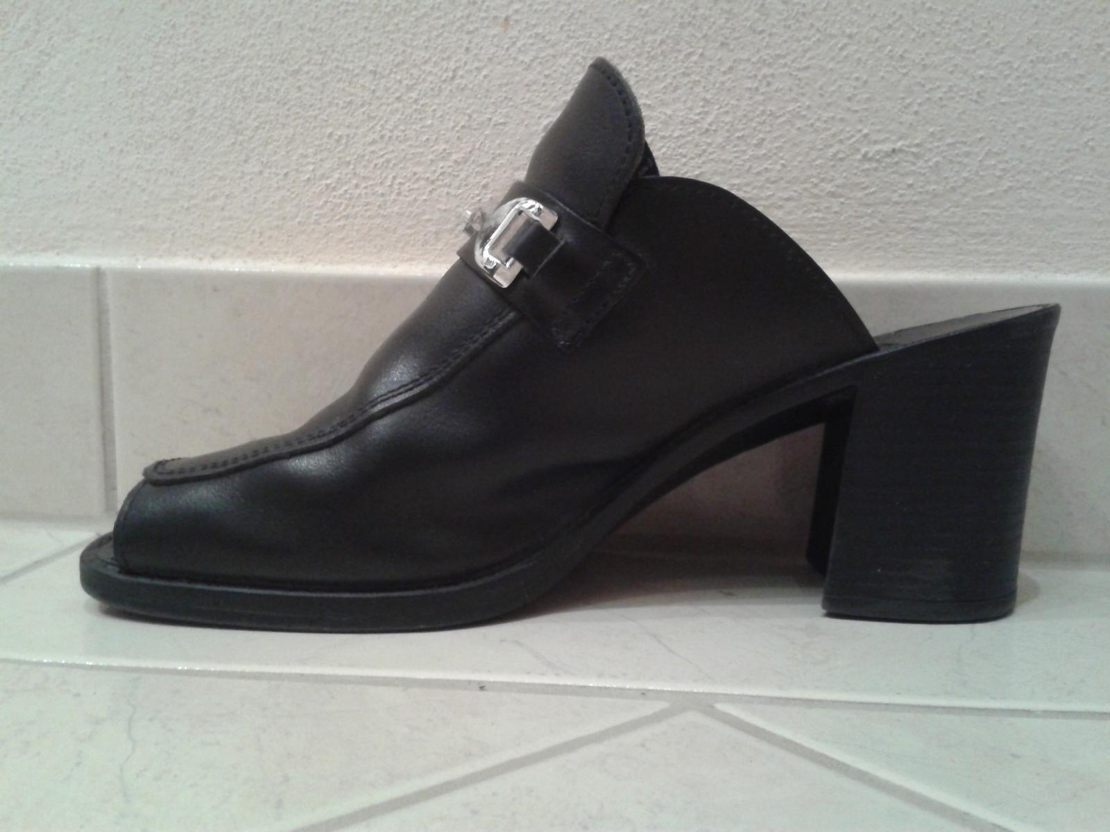 Čierne topánky s otvorenou špičkou/pätou - Obrázok č. 3