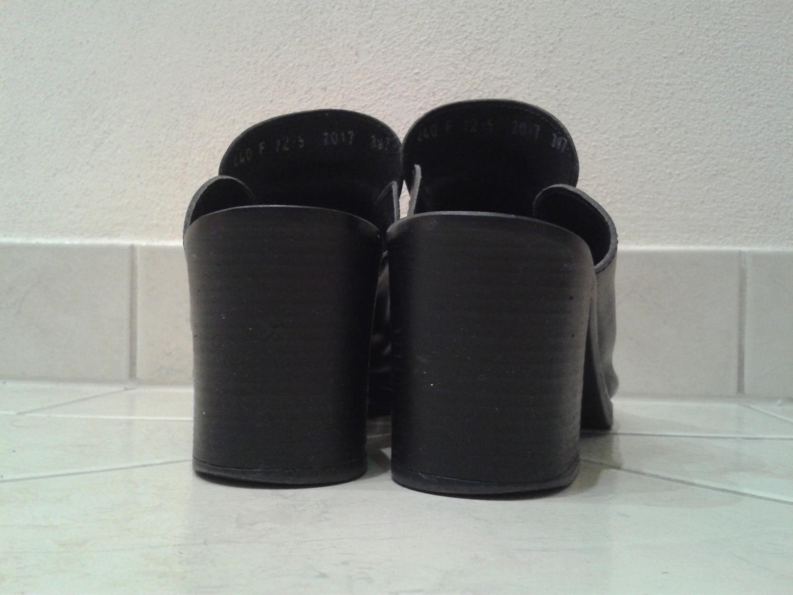 Čierne topánky s otvorenou špičkou/pätou - Obrázok č. 4