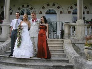 bratřík nevěsty a sestřička ženicha