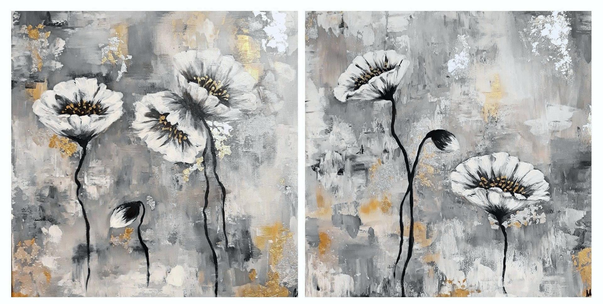 Srovnání vedle sebe, teď už jen pověsit. Plán byl původně víc béžové a míň šedé, taky některé z květů měly být větší, ale jsem ráda, že to dopadlo aspoň takto :) - Obrázek č. 1