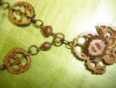 náhrdelník z orechou,