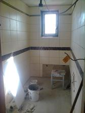 a i dolní koupelna už se nám rýsuje