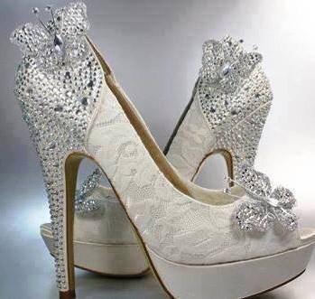Niečo pre inšpiráciu pre budúce nevestičky... - svadobné topánky