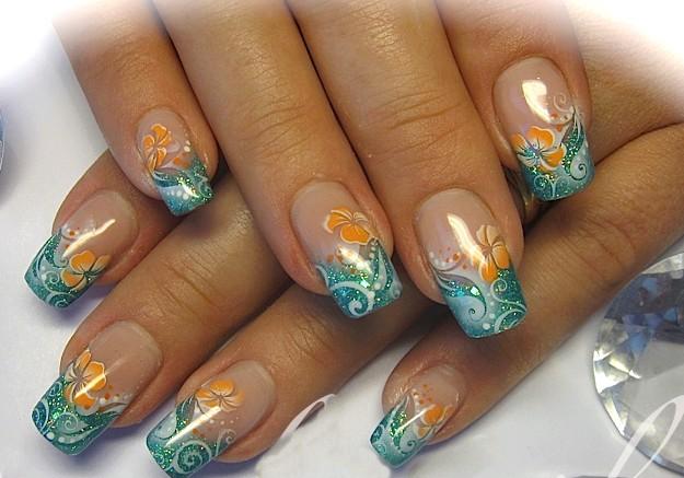 Niečo pre inšpiráciu pre budúce nevestičky... - modrá manikúra s oranžovým ibištekom