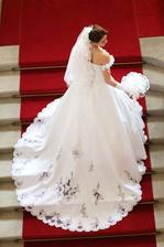 svadobné šaty ako pre princeznú