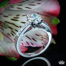 prekrásny snubný prsteň