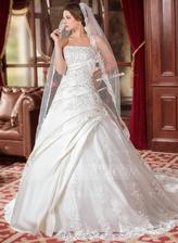 svadobné šaty zo zahraničia - foto zpredu