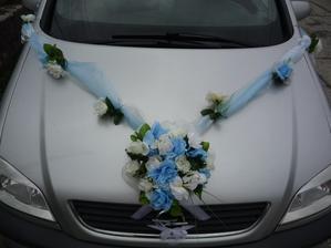 svadobná výzdoba na auto