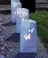 Svadba inšpirovaná krásou motýľov - svietniky