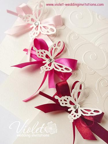 Svadba inšpirovaná krásou motýľov - menovky