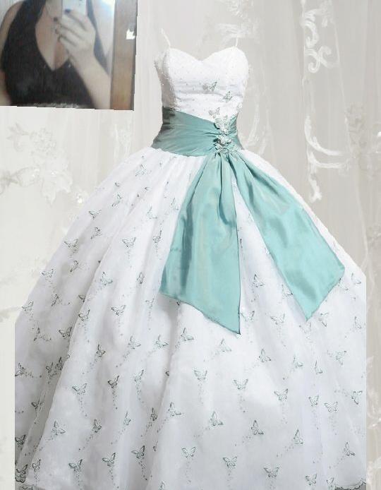 Svadba inšpirovaná krásou motýľov - svadobné šaty