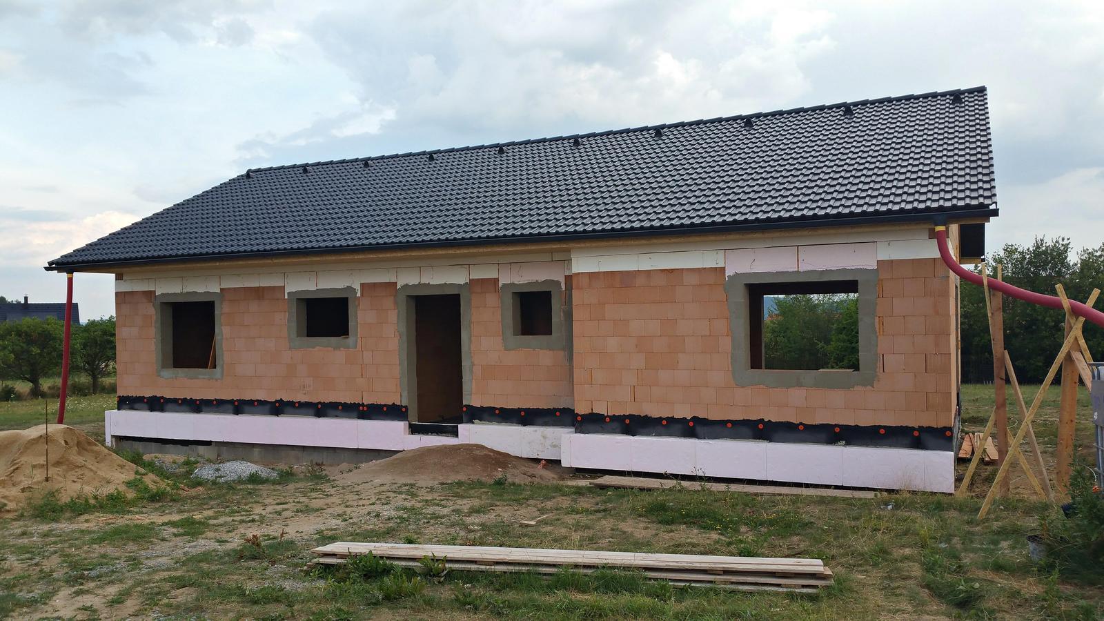 Náš dům na větrné hůrce - Obrázek č. 25