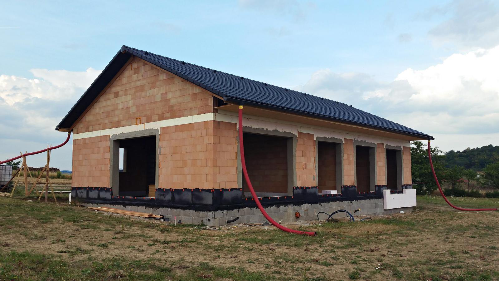 Náš dům na větrné hůrce - Obrázek č. 26
