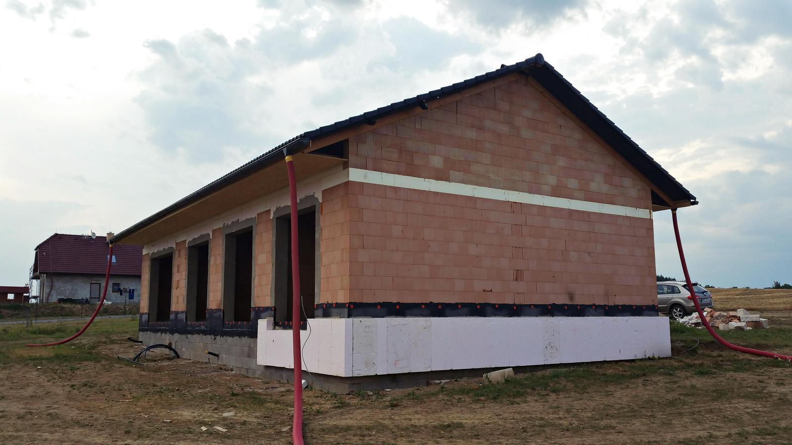 Náš dům na větrné hůrce - Obrázek č. 29