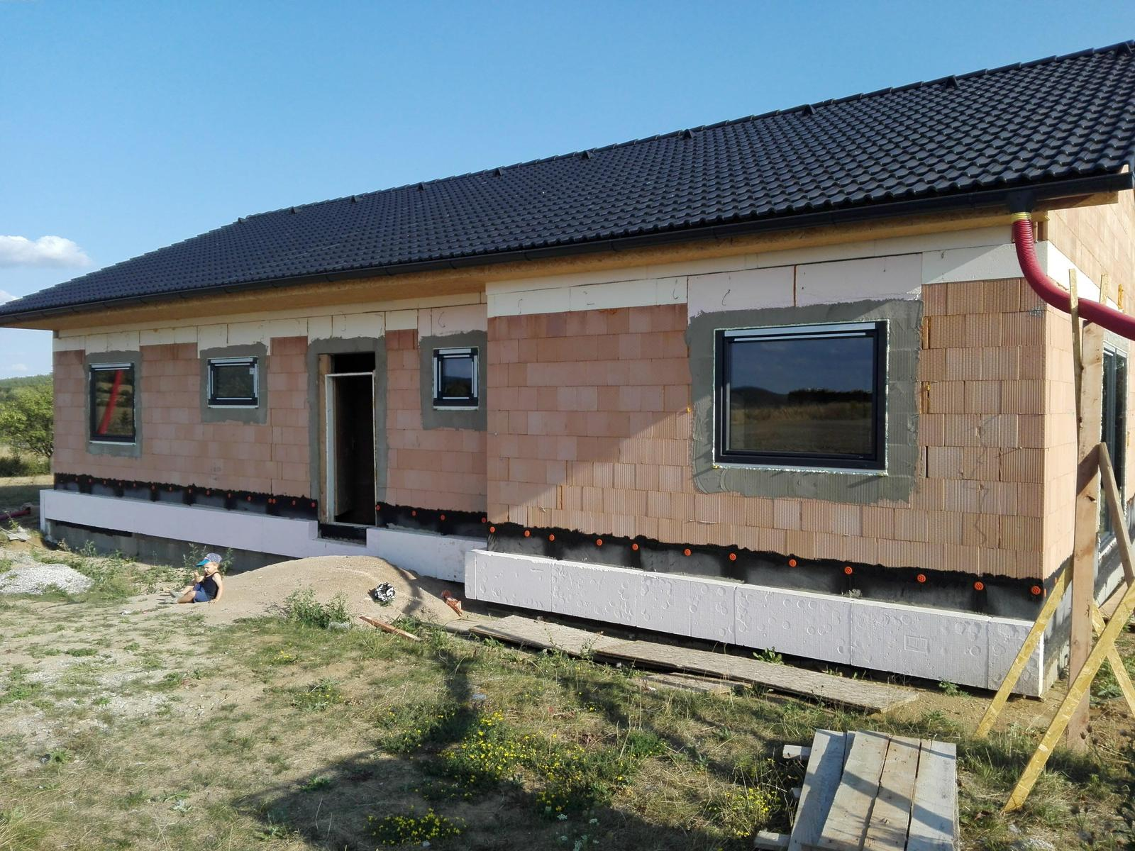 Náš dům na větrné hůrce - Obrázek č. 33
