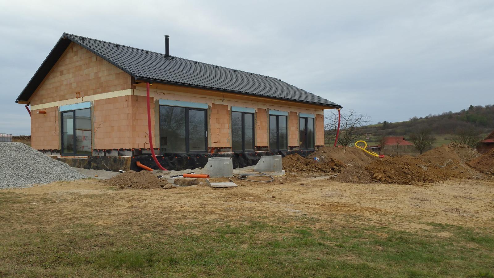 Náš dům na větrné hůrce - Obrázek č. 60
