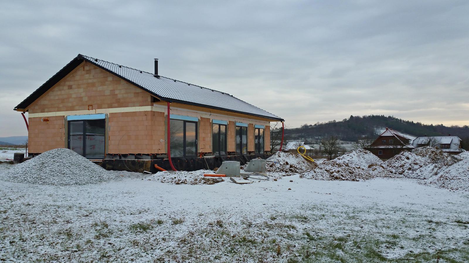 Náš dům na větrné hůrce - Obrázek č. 61