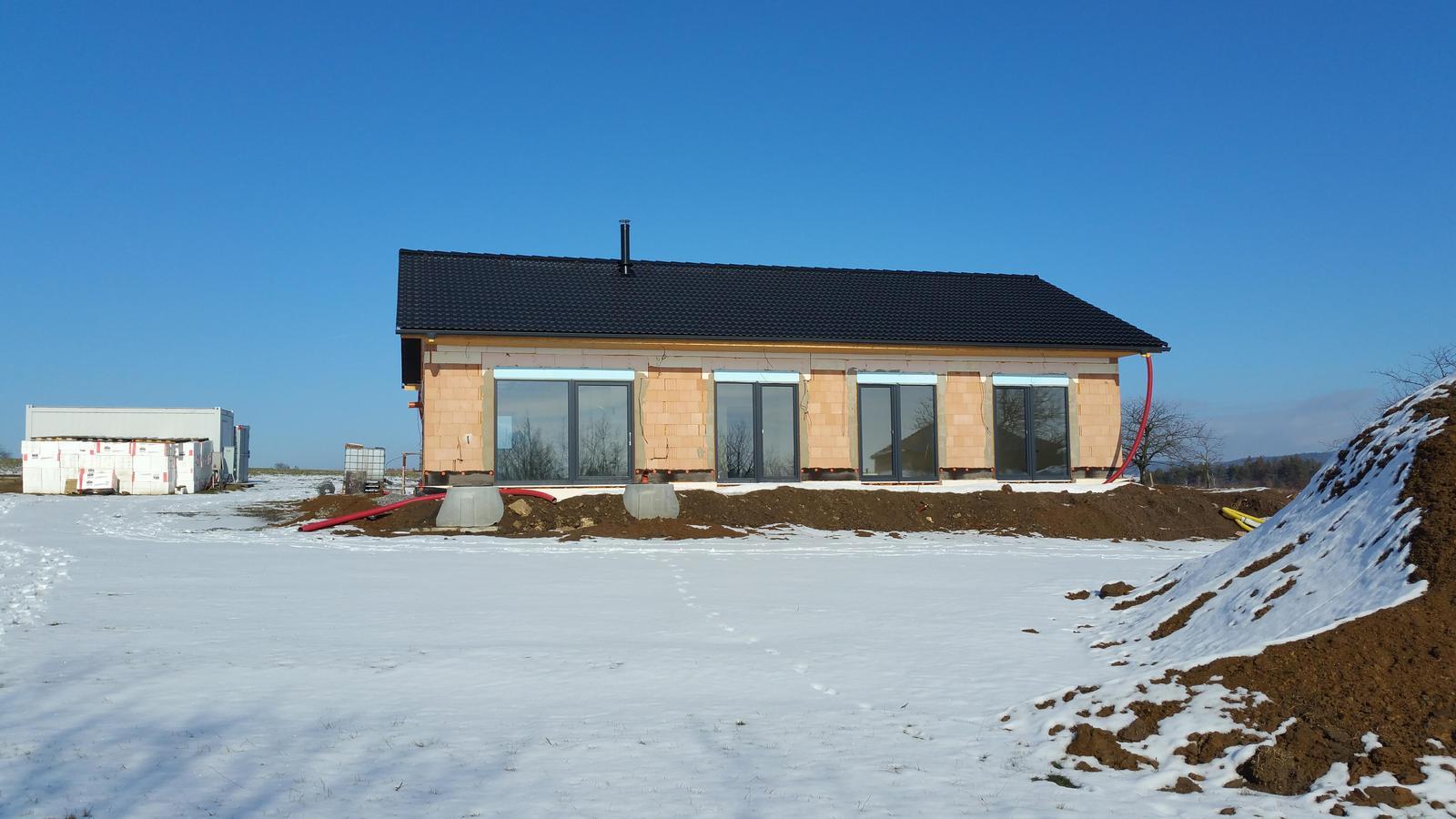 Náš dům na větrné hůrce - Obrázek č. 89