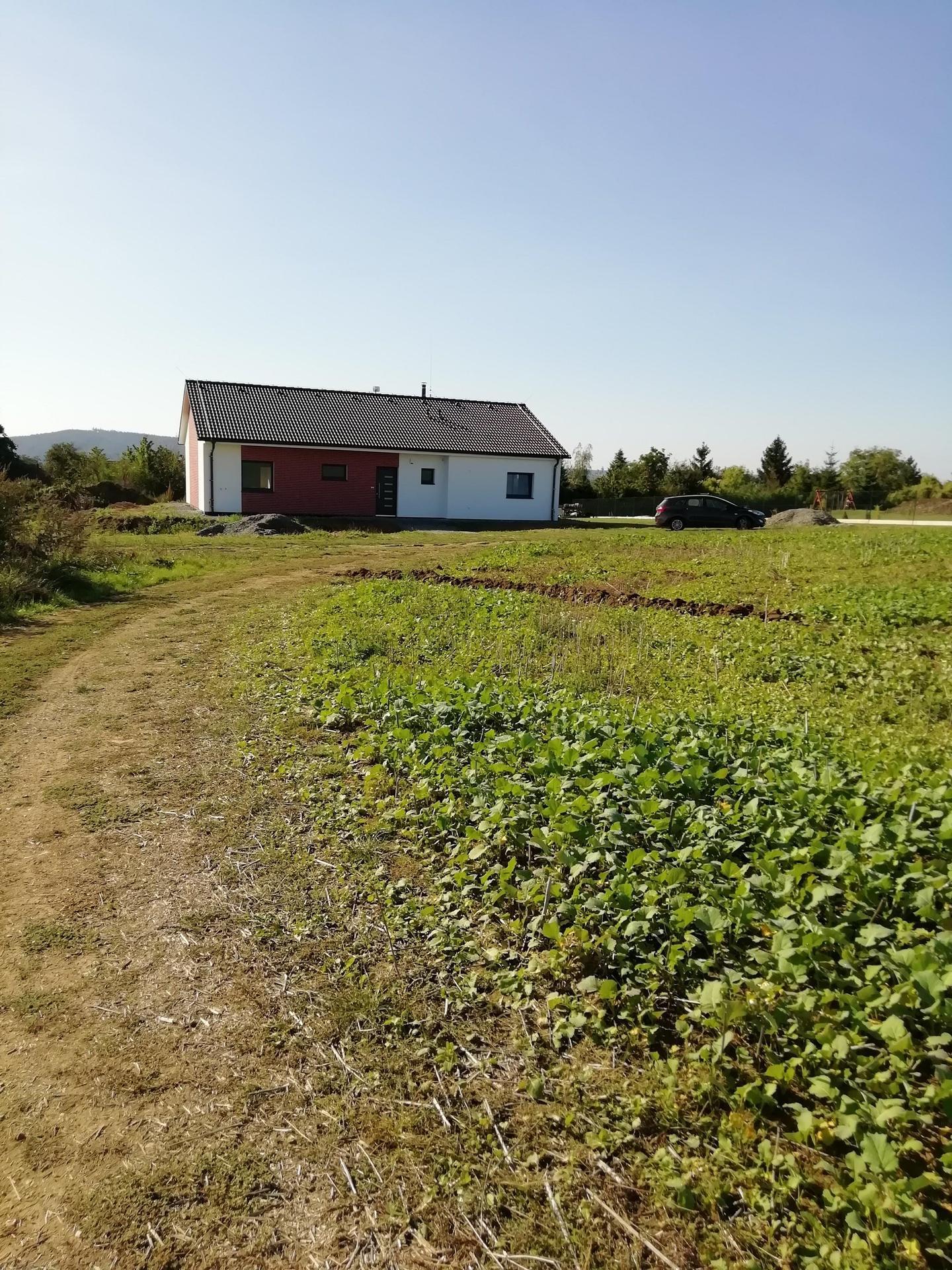 Náš dům na větrné hůrce - Obrázek č. 157