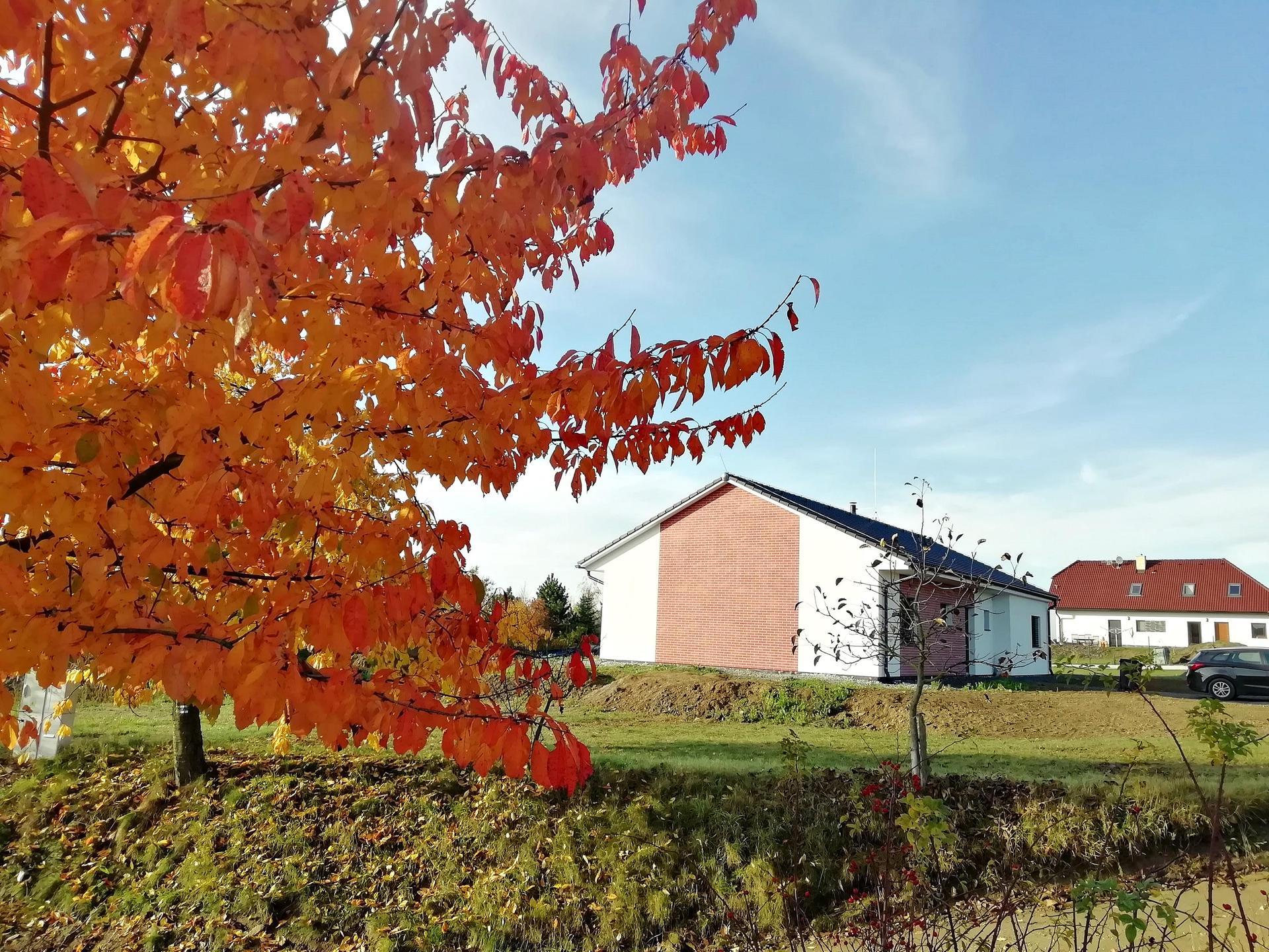 Náš dům na větrné hůrce - Obrázek č. 1