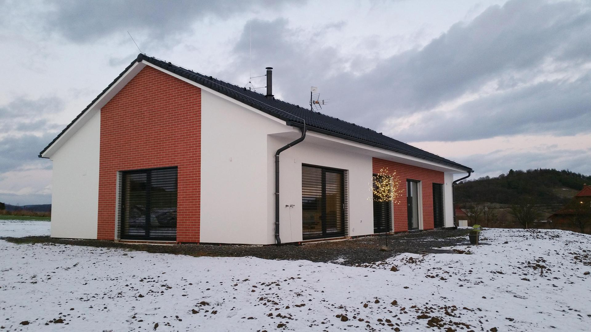 Náš dům na větrné hůrce - Obrázek č. 177