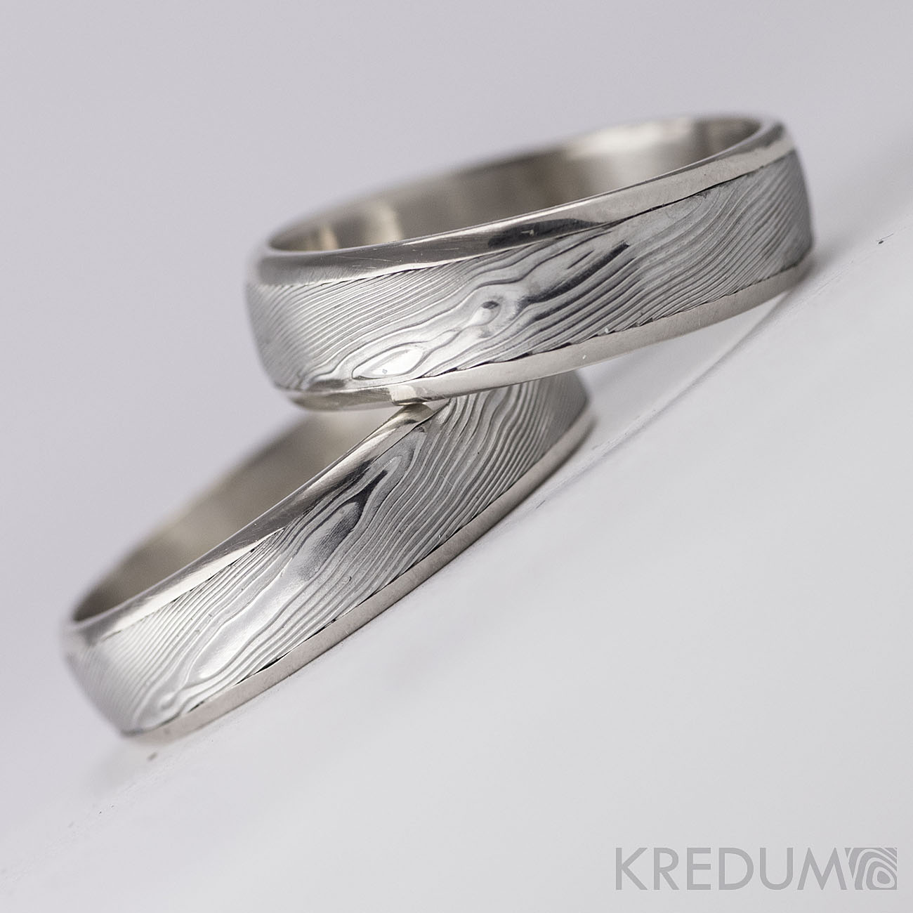 Pár nových prstenů v kombinaci damasteel a zlato, bílé zlato či stříbro - Obrázek č. 2