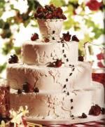 Miluju jahody - kytičky na dortech mi připadnou jaksi nejedle ;o)