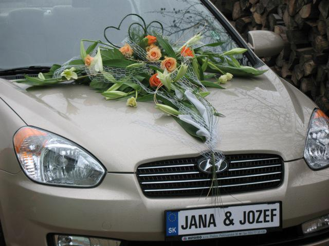 Vyzdoby svadobných  áut - krasne