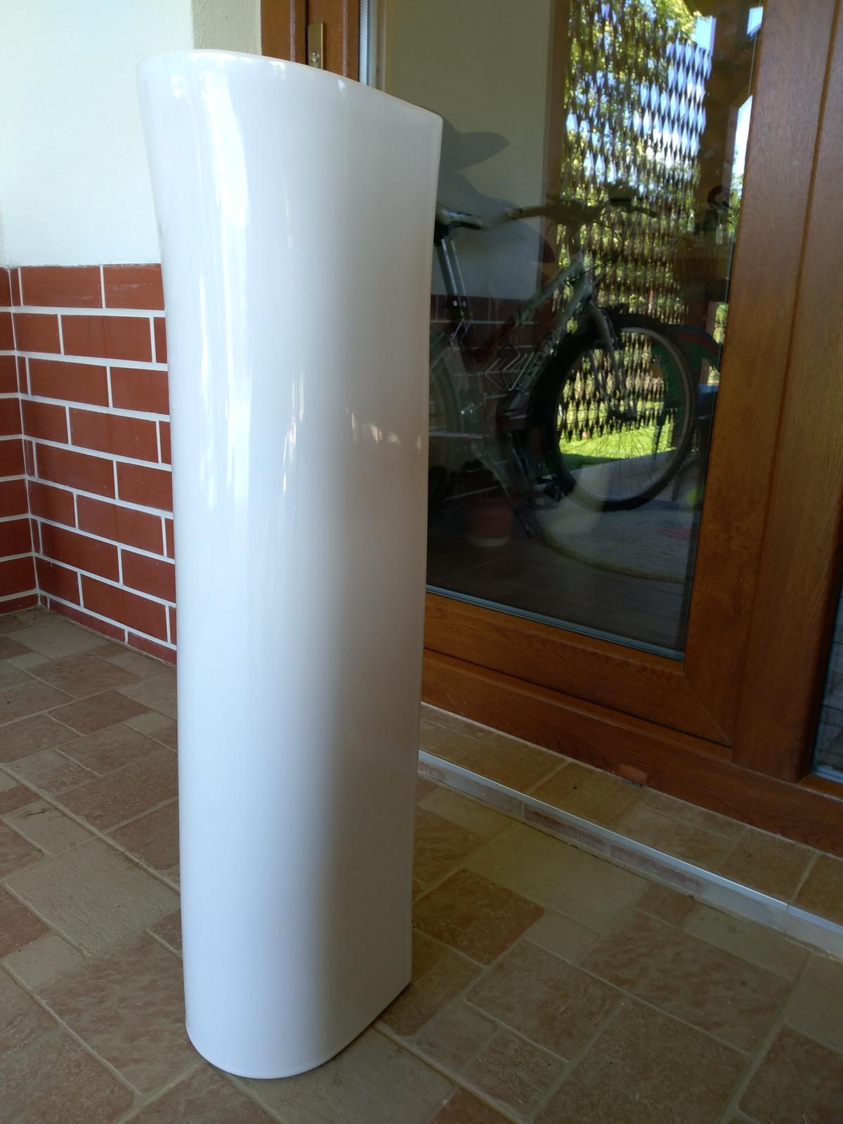Stĺpy pod umývadlo - keramické nohy - Obrázok č. 1