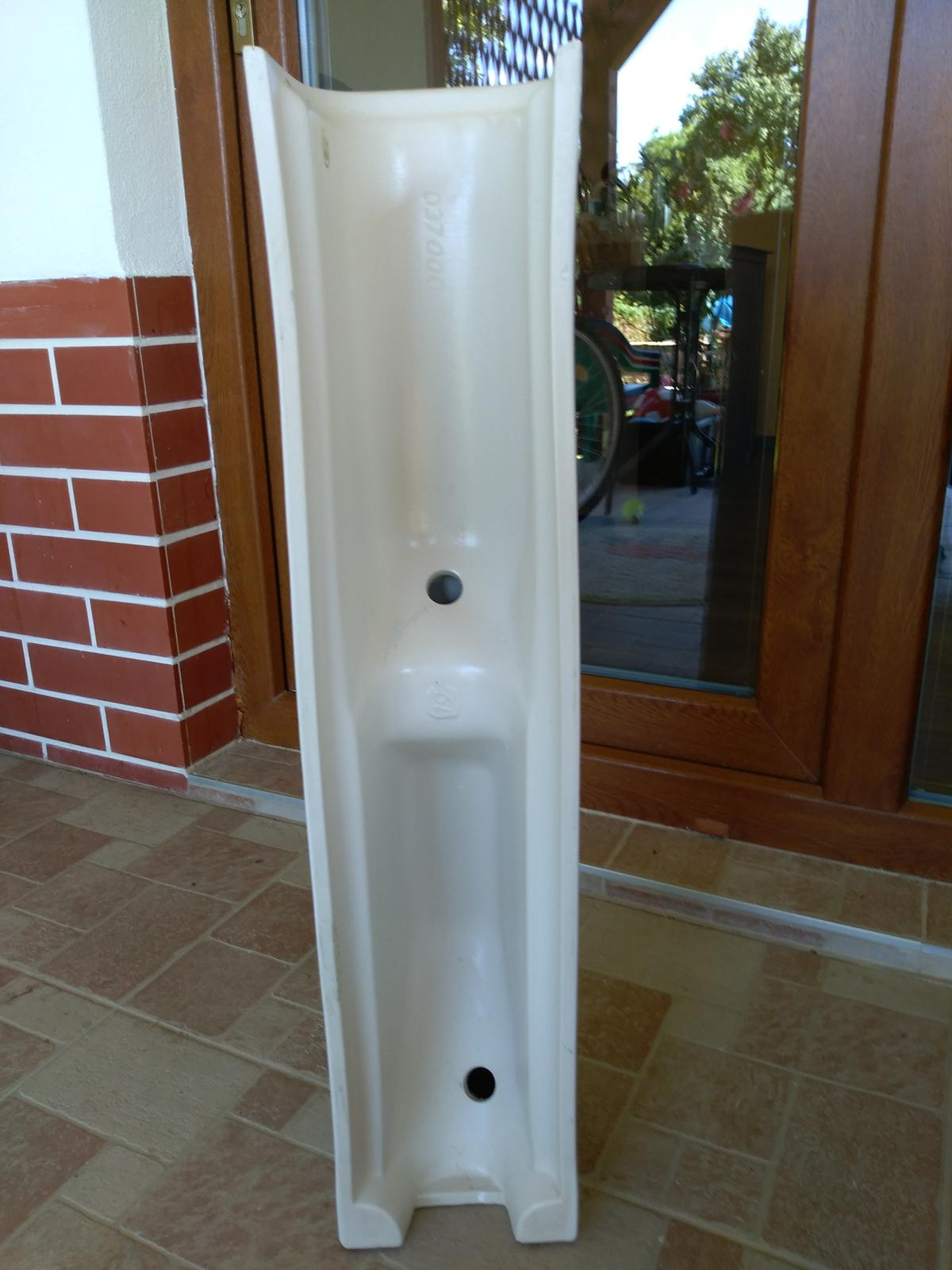 Stĺpy pod umývadlo - keramické nohy - Obrázok č. 2