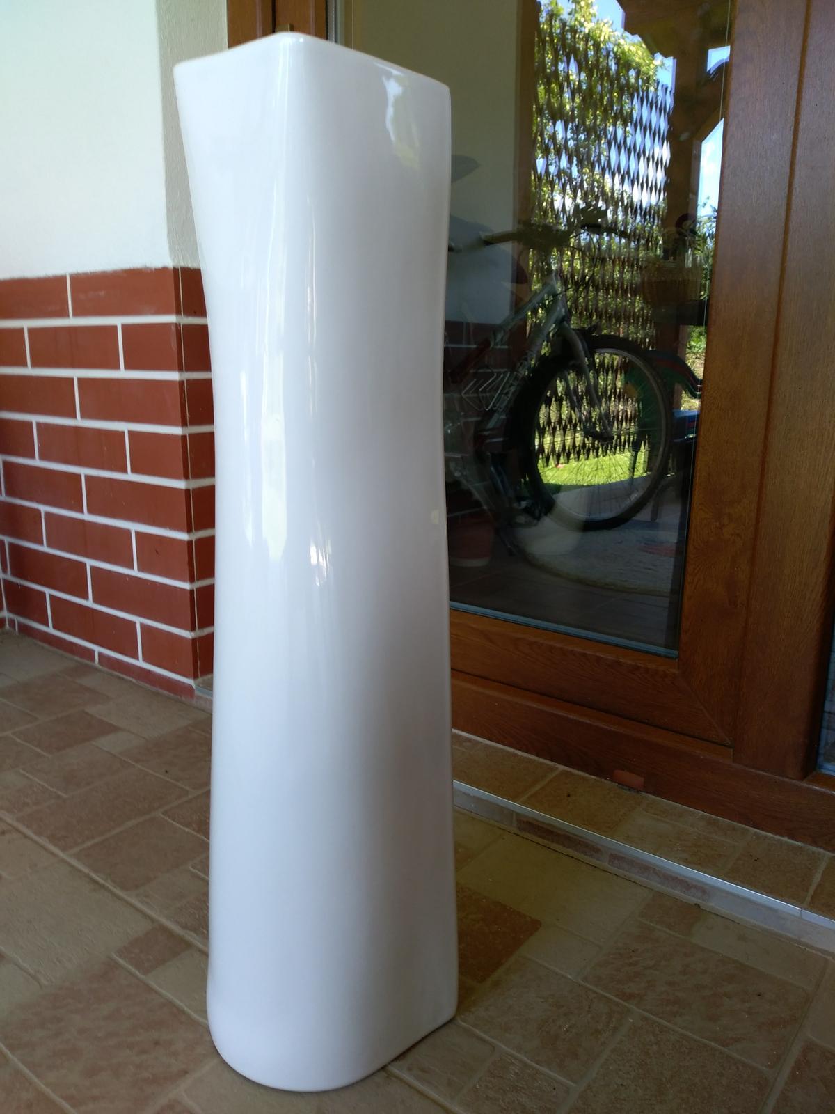 Stĺpy pod umývadlo - keramické nohy - Obrázok č. 4