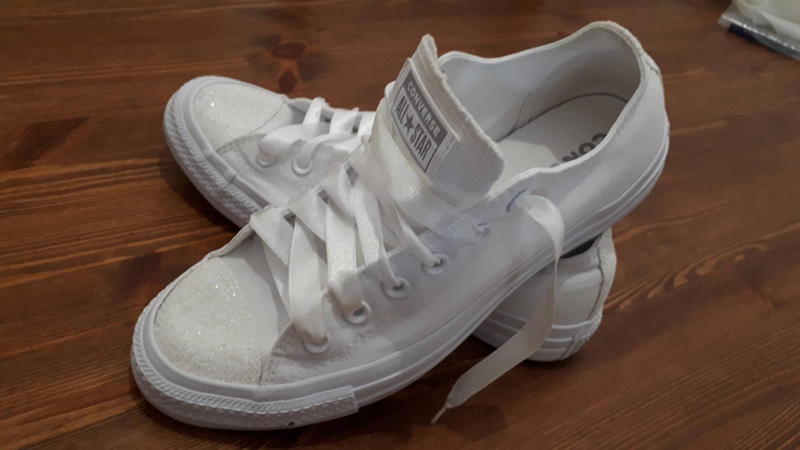 Svatební tenisky Converse - Obrázek č. 1