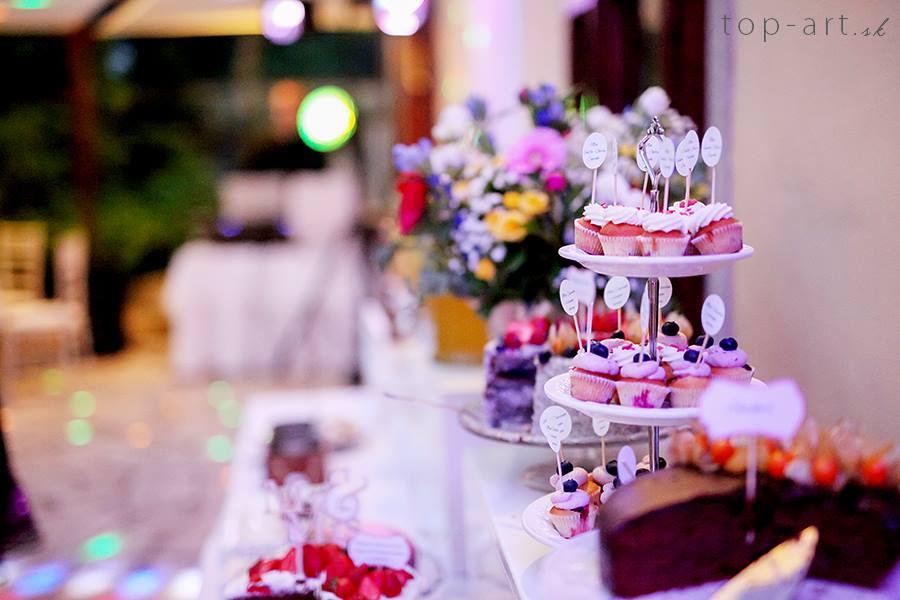 Candy Bar - Foto: www.top-art.sk. Realizácia: http://castel.sk