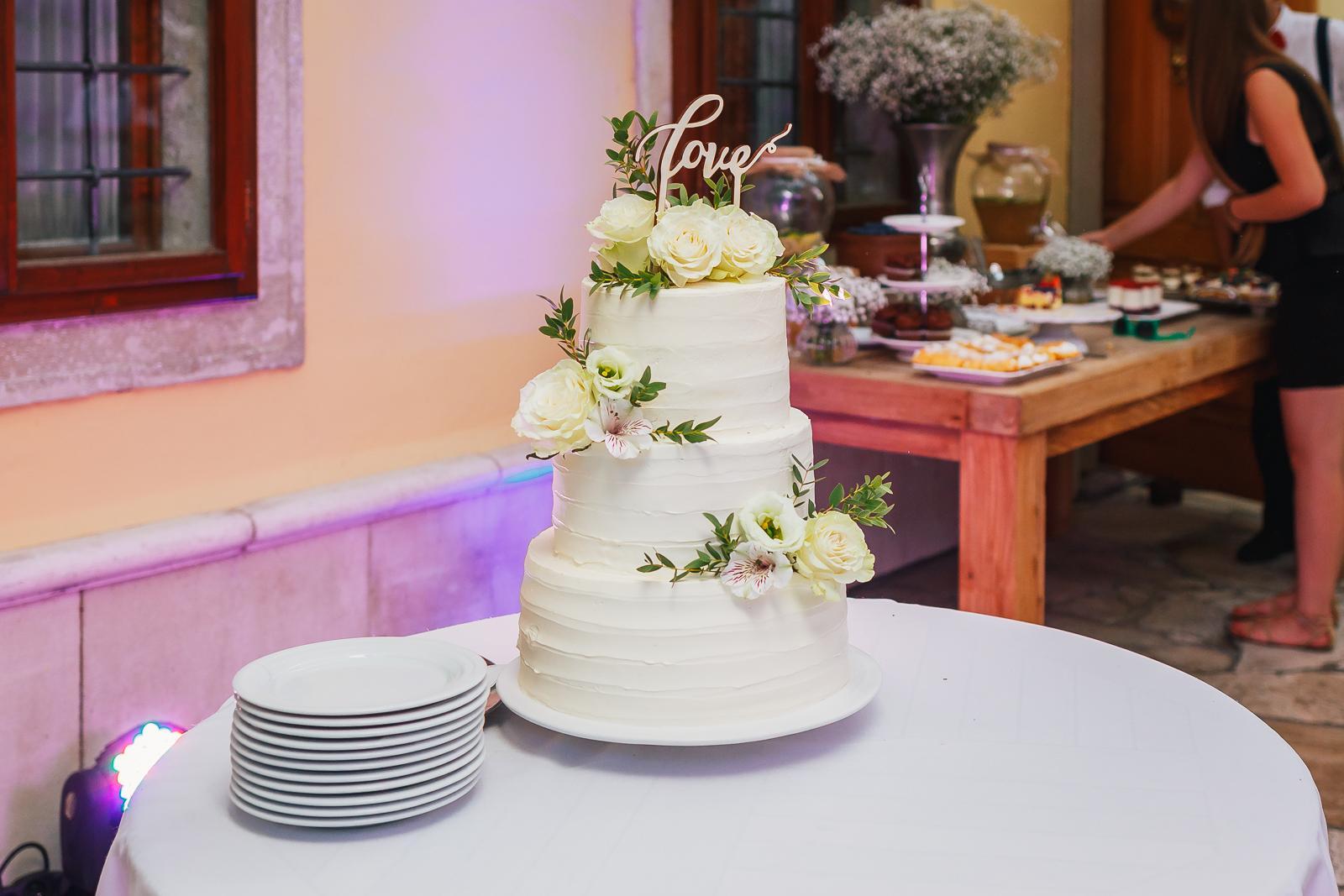 Svadobné torty - Foto: http://www.jozefzavodnik.sk/. Realizácia: www.castel.sk