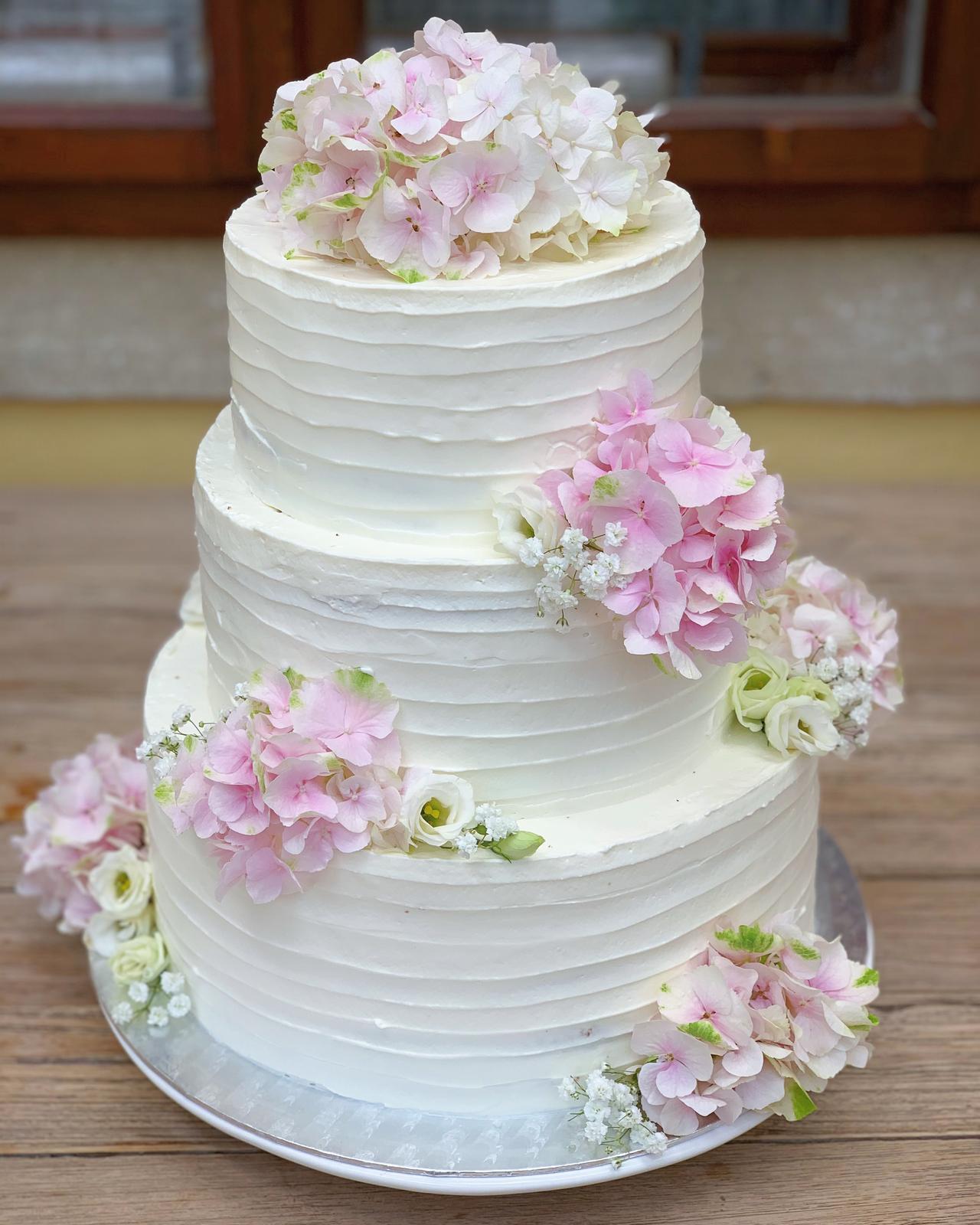 Svadobné torty - Realizácia: www.castel.sk