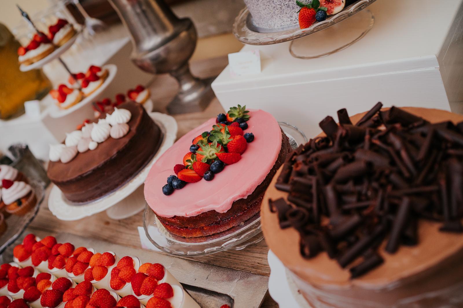 Candy Bar - Foto: https://www.shinevision.sk/. Realizácia: www.castelmierovo.sk