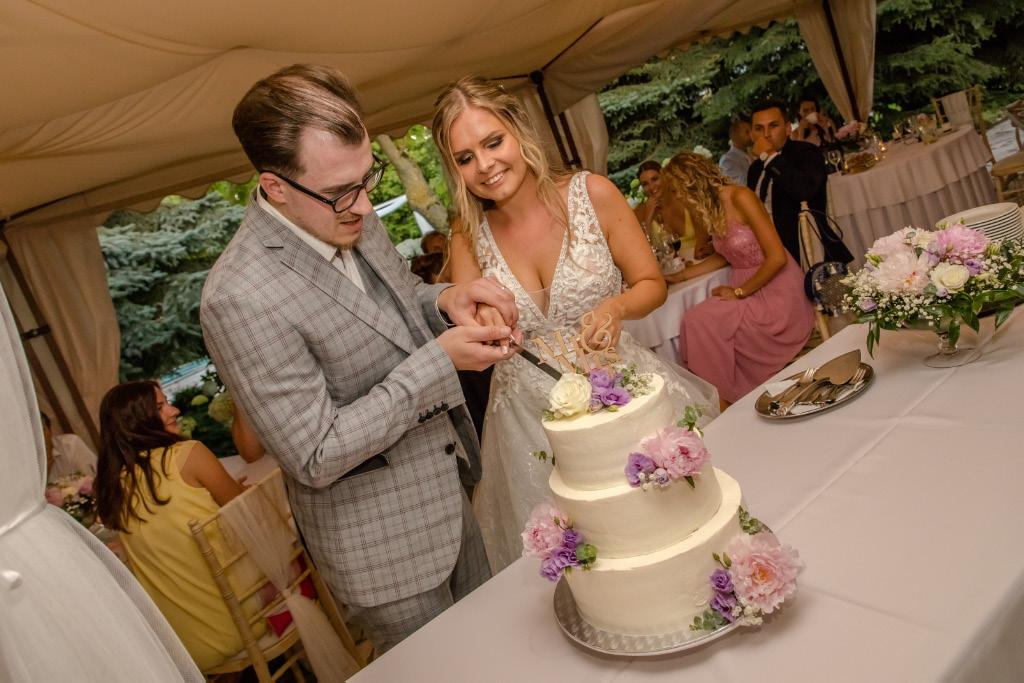 Svadobné torty - Obrázok č. 170