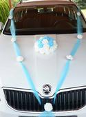 Dekorace na auta-ženich a nevěsta,
