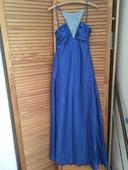 Modré šaty, 40