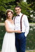 Jednoduché svatební šaty s holými zády, 38