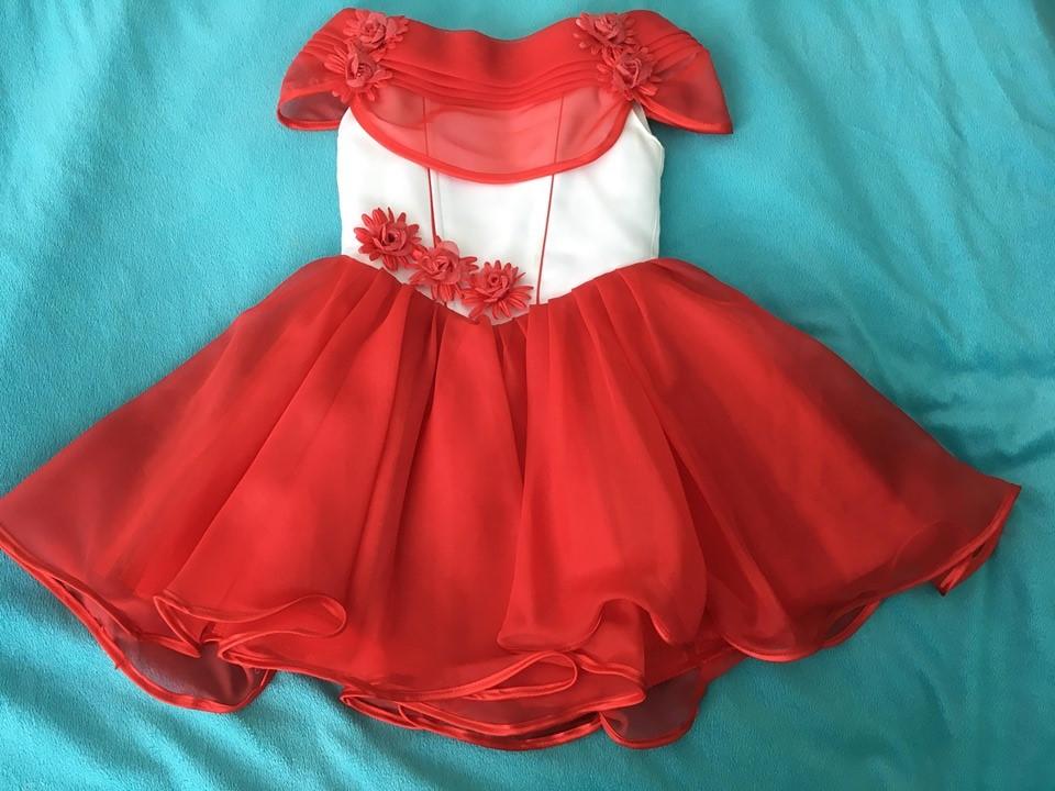 Dievčenské šaty so šnurovačkou - Obrázok č. 1