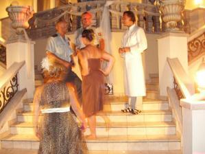 bez organov by asi svadba nestala zavela, ale.... vdaka mojej sestre, lebo ta veci vyriesi!!!