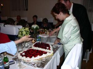 krájanie torty - 1