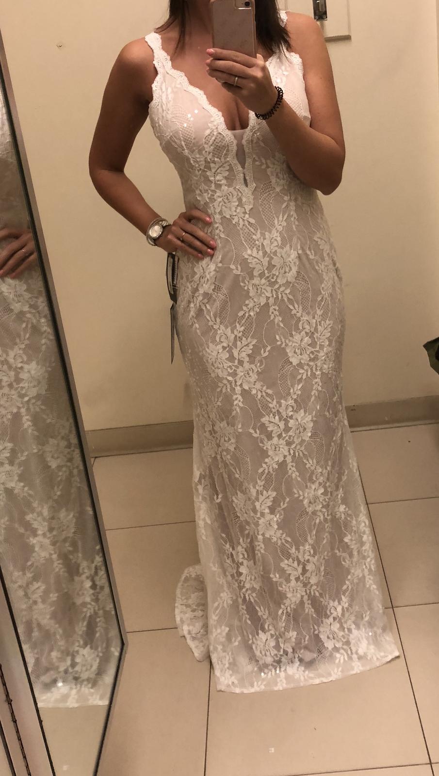 krajkové svatební šaty dovezené z New Yorku - Obrázek č. 1