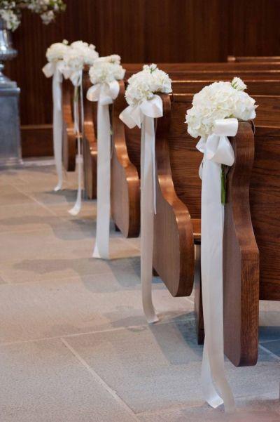 ❤ 5.9.2020 ❤ - Na laviciach budú len stuhy bez tých kvetov