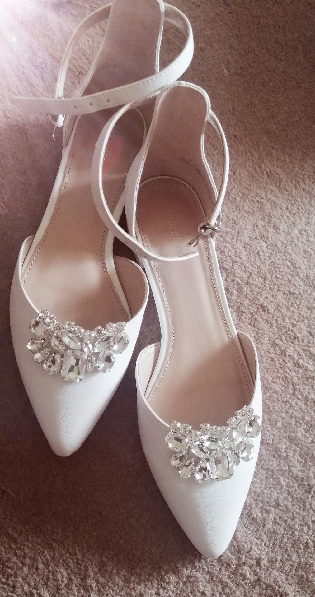 ❤ 5.9.2020 ❤ - Vylepšené svadobné topánky ❤