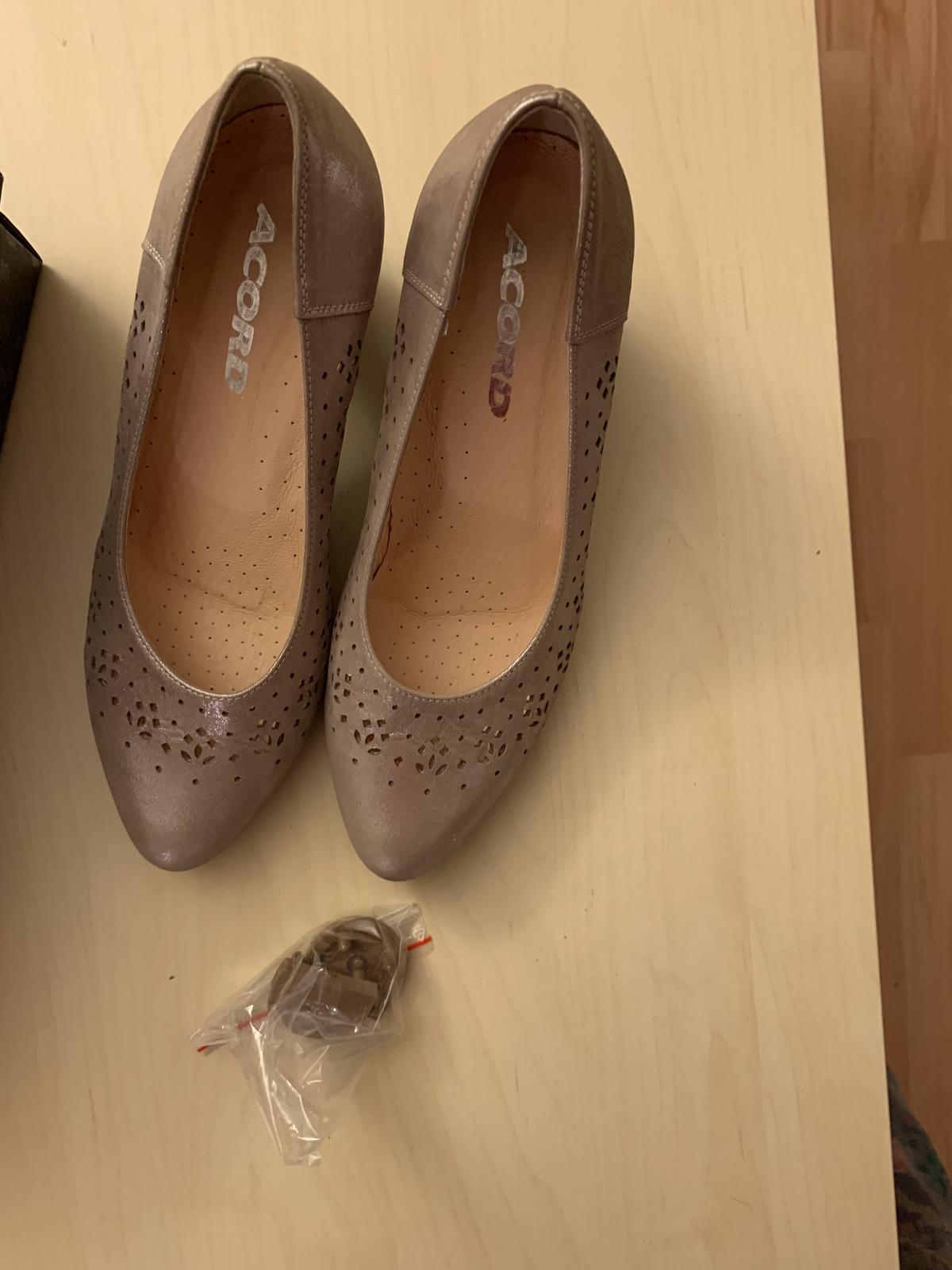 Svatební boty - Obrázek č. 3