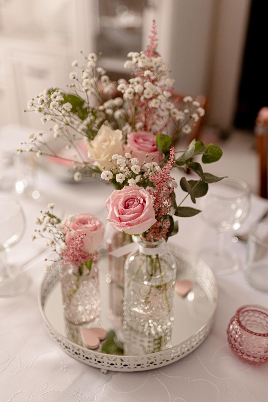Komplet krasna svadobna vyzdoba a drobnosti - Obrázok č. 1