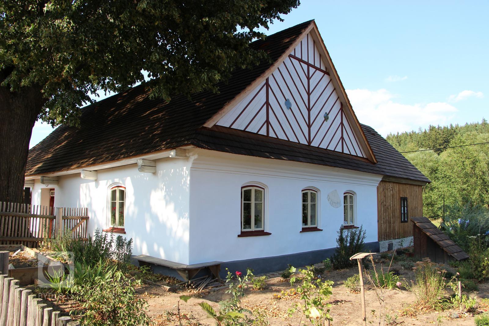 Chalupa pod lípou - Krásné - Bydlo.cz - inspirace bydlení, interiér, architektura