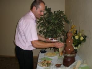 prekvapenie od sestricky: mali sme aj cokoladovu fontánu-fantázia